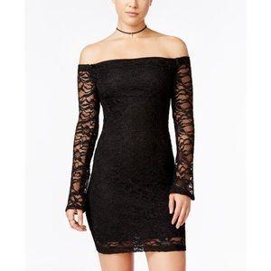 Emerald Sundae || off shoulder lace bodycon dress
